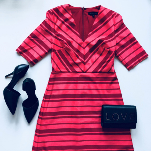 Banana Republic Dresses & Skirts - NWT Banana Republic Fit n' Flare Red Striped Dress